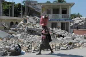 Terremoto ad Haiti, si aggrava il bilancio: almeno 1.297 morti