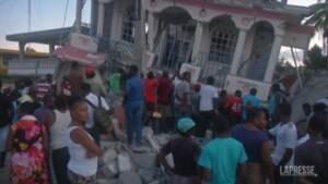 Haiti, devastazione dopo il terremoto di magnitudo 7.2