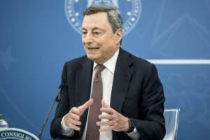 """Afghanistan, Draghi: """"Al lavoro per una soluzione"""". Guerini-Di Maio in audizione il 24/8"""