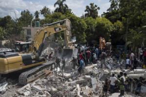 Haiti, 1.300 morti per sisma: soccorsi proseguono ma arriva tempesta Grace
