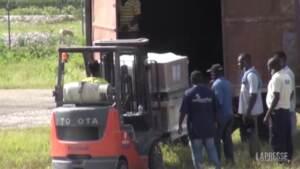 Terremoto Haiti: arrivano i primi aiuti e il bilancio delle vittime sale a oltre 2.100 morti
