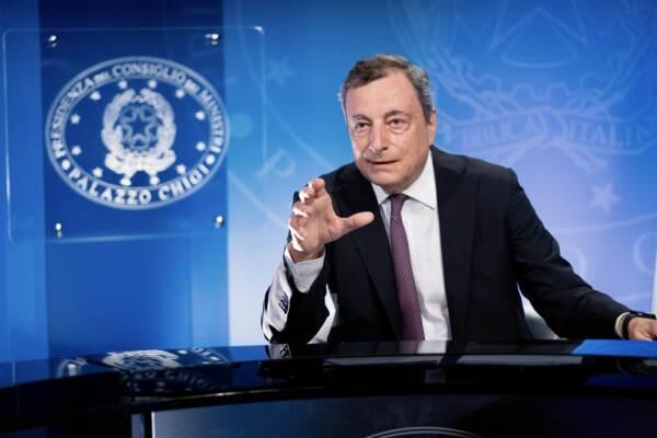 """Afghanistan, Draghi: """"Canale con Kabul dopo il 31 agosto, il G20 al fianco dei Sette"""""""