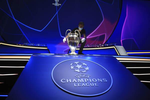 Istanbul, sorteggio per la fase a gironi della UEFA Champions League 2021/2022