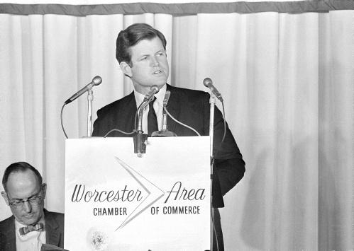 Usa, l'uomo che sparò a Bobby Kennedy potrebbe essere presto libero   FOTOGALLERY