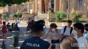 Covid, da oggi la Sicilia è in zona gialla ma nessuno indossa la mascherina