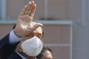 Berlusconi, ricovero lampo al San Raffaele: il leader di Forza Italia esce dopo poco