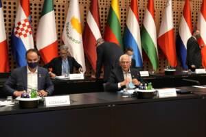 Afghanistan, dalla Ue 5 condizioni per parlare con i talebani. Presidio a Kabul