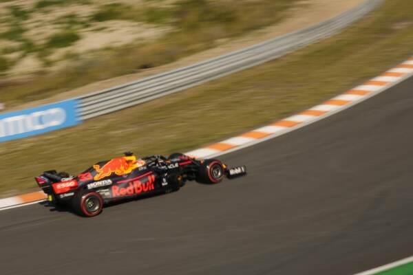 Gp D'Olanda, Verstappen trionfa davanti a Hamilton