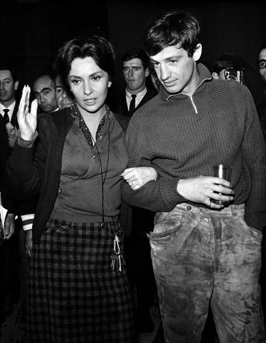 Jean-Paul Belmondo, le foto più belle della sua lunga carriera