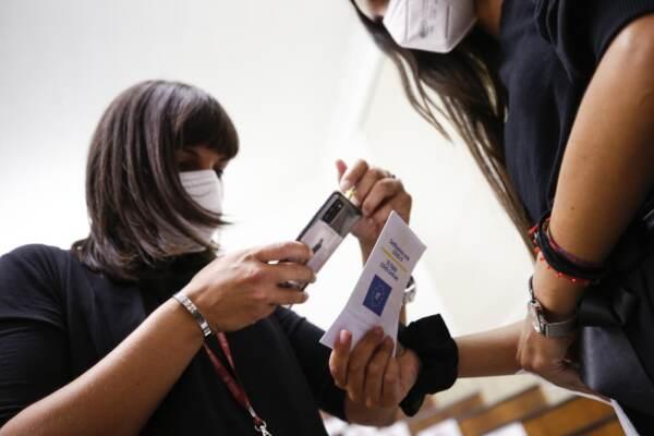 Roma, i test d'ingresso ai corsi di laurea in medicina all'università La Sapienza