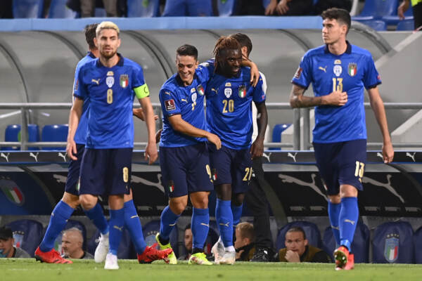 Qatar 2022, l'Italia si riscatta, 'manita' alla Lituania. Doppietta Kean