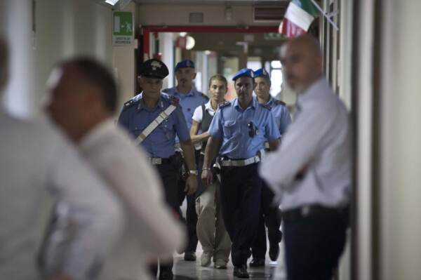 Interrogatorio di Giulia Ligresti, ex presidente FONSAI in procura a Torino