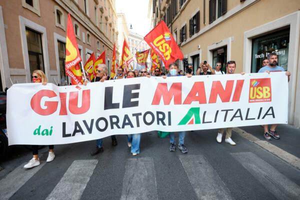 Alitalia Ita, Castelli: Da azienda rassicurazione proseguirà interlocuzione con sindacati