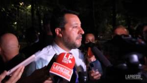 """No vax contro Salvini: """"Voi in Parlamento liberi, noi no"""""""