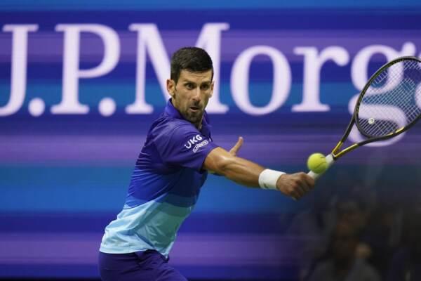 Us Open: Djokovic batte Zverev e vola in finale per il Grande Slam