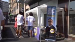 """""""Giovanni Assenti"""", a Milano il candidato fake per denunciare l'assenza di politiche per i giovani"""