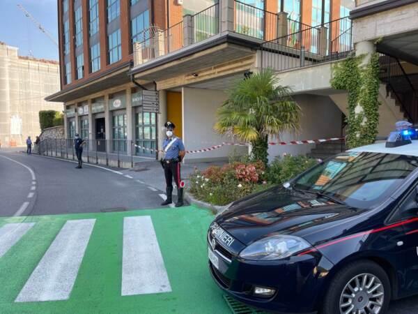 Brescia, uccisa a coltellate dall'ex marito ad Agnosine: arrestato. Ritrovate anche le armi usate per il delitto