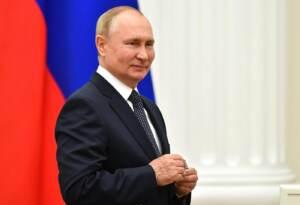 Mosca, Vladimir Putin alla cerimonia di premiazione dei medagliati delle Olimpiadi estive di Tokyo 2020