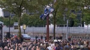 Parigi, inaugurata statua in onore di Johnny Hallyday