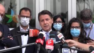 """Migranti, Conte: """"Lamorgese brava, Salvini da ministro sui rimpatri non ha ottenuto risultati"""""""