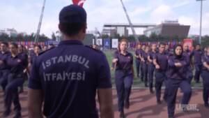 Turchia, ecco le prime donne pompiere di Istanbul
