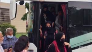 Il bus delle calciatrici afghane arriva in Pakistan