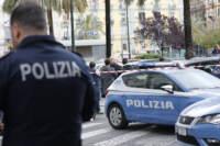 Napoli, sparatoria tra la folla in piazza Nazionale: ferita gravemente bimba di 4 anni