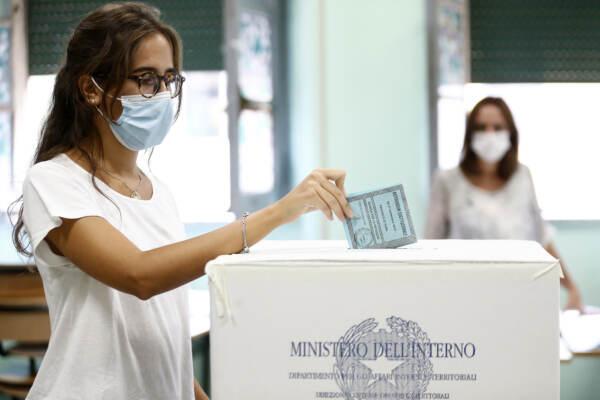 Il voto ai tempi del Covid. Da sciogliere il nodo Green pass al ballottaggio | SCHEDA