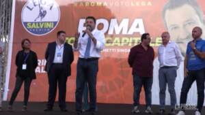 """Processo Open Arms, Salvini: """"Hanno convocato Richard Gere, io porto Zalone e Banfi"""""""