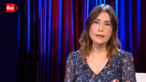 Rai2, Claudia Koll a 'Ti sento': Mi danno fastidio le vecchie foto con Tinto Brass
