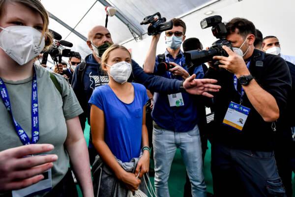Milano, l'arrivo di Greta Thunberg alla conferenza Youth4Climate