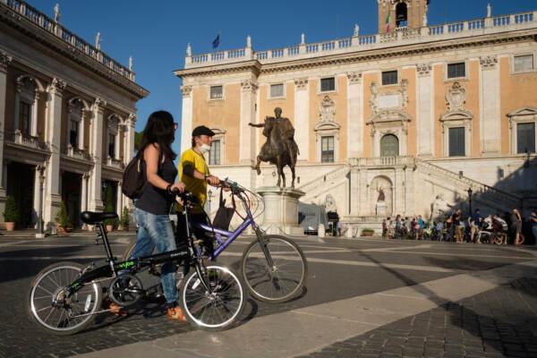 Roma, Flash mob ciclisti