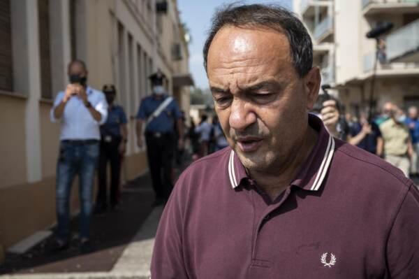 Domenico Lucano condannato a 13 anni dal tribunale di Locri