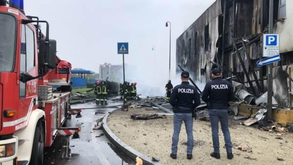 Schianto a San Donato Milanese: anche due italiani tra le otto vittime