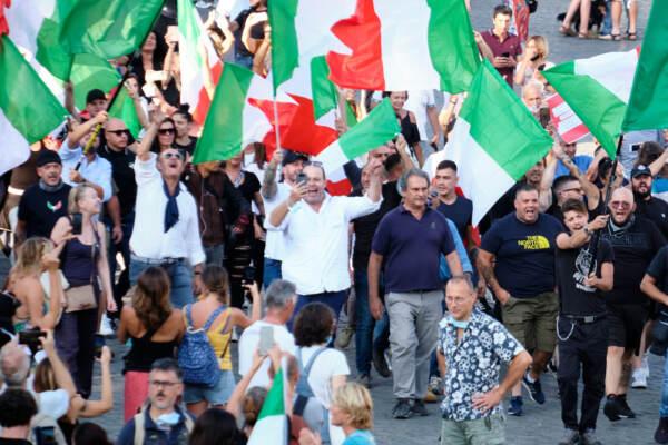 Manifestazione anti green pass a Roma