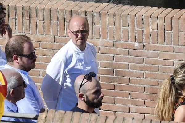 Funerali Alessandro Narducci: a Ottavia l'ultimo saluto allo chef stellato morto in un incidente