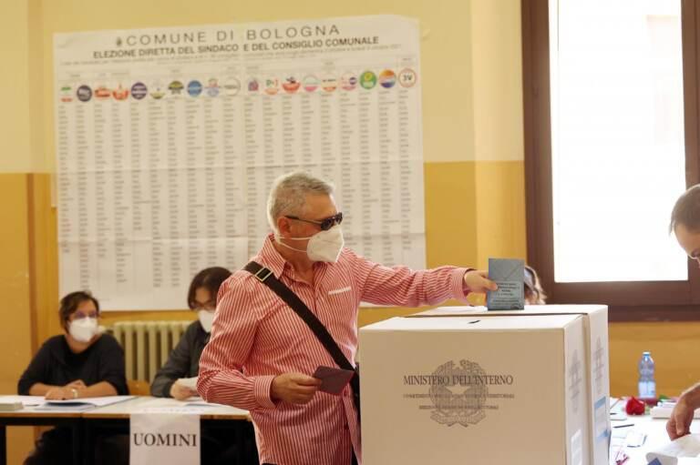 Elezioni Comunali Bologna 2021, bolognesi al voto per eleggere il nuovo sindaco