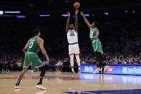 Basket: Nba, Knicks piegano Celtics dopo 2 overtime. Phoenix ko con Denver